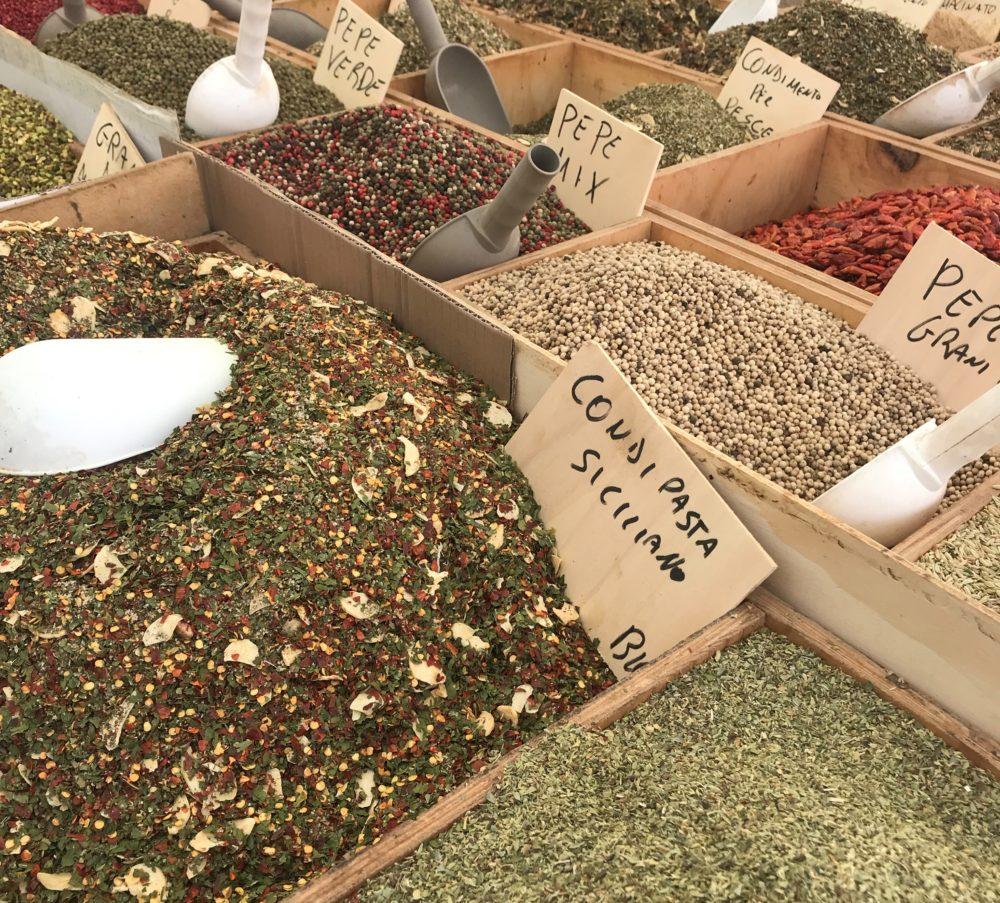 Ein Muss bei jedem Sizilien-Urlaub: Markt-Besuch!