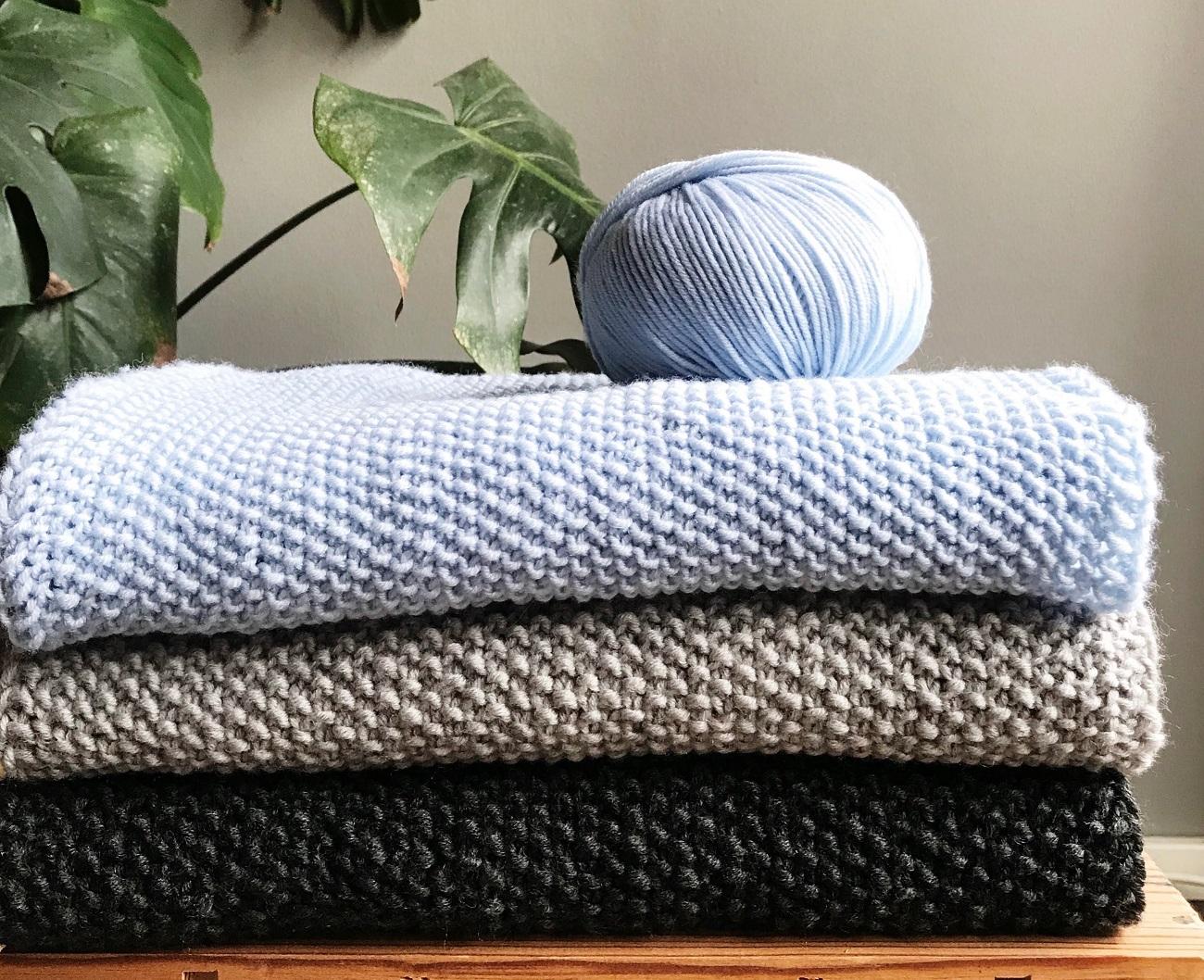 Schal stricken für Anfänger: Hier gibt's eine gratis Anleitung für euch!