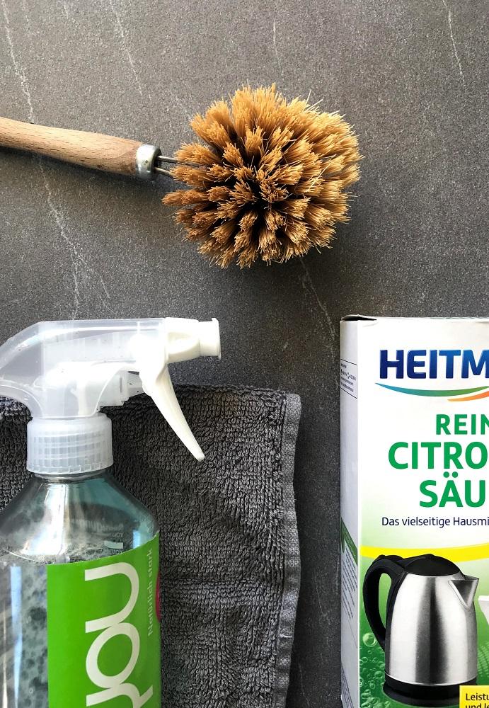Reiniger selbst machen: Das wohl beste, schnellste und günstigste Rezept für einen echt wirksamen Zero-Waste-Reiniger!